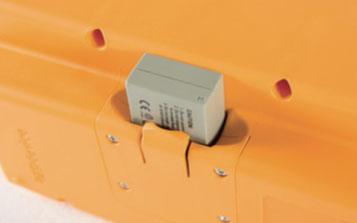 Funkfernsteuerung mit aufladbarer Batterie
